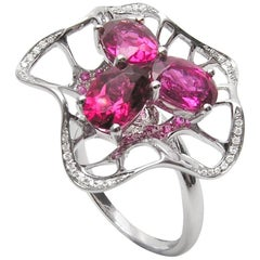 Fei Liu 18 Karat White Gold Pink Sapphire Cocktail Ring