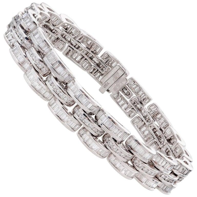13.00 Carat Diamond Bracelet Set in 18 Karat White Gold