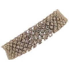 Divine Diamond Bracelet 18 Karat, 1970s