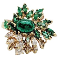 Ladies Estate 18 Karat Yellow Gold 1.75 Carat Emerald and Diamond Cocktail Ring