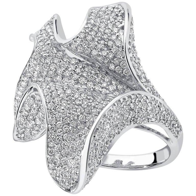 Round Diamond 2.23 Carat 18 Karat White Gold Fancy Cocktail Ring