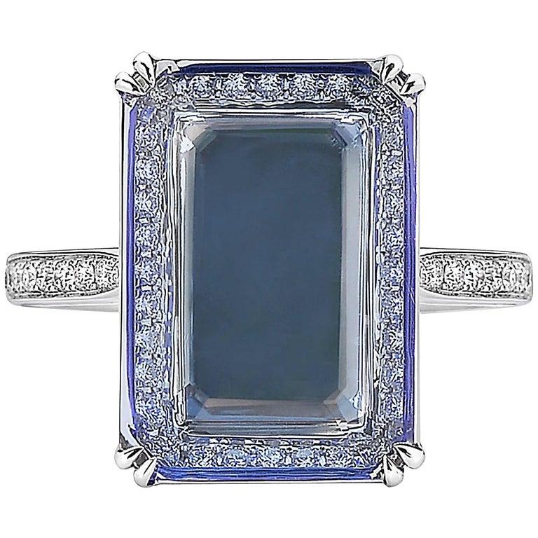 18 Karat White Gold Tanzanite 4.72 Carat and Diamond Ring