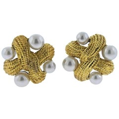 Classic Pearl Gold Earrings