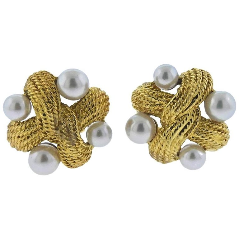 Classic Pearl Gold Earrings