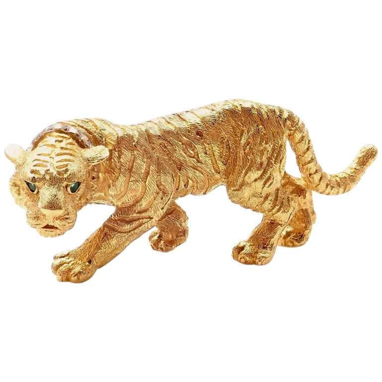 Tiffany & Co. Diamond Emerald Tiger Yellow Gold Pin Brooch For Sale