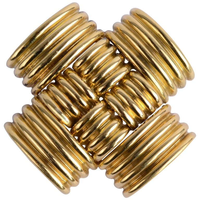 Gold Crisscross Pendant/ Brooch