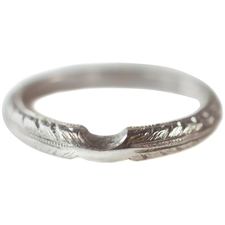1960s Platinum Curved Wedding Band Ring