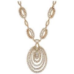 Circa 1970 Van Cleef & Arpels Diamond Yellow Gold Necklace Earrings Parure Suite