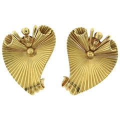 Estate Cartier Yellow Gold Fluted Leaf Swirl Statement Clip-On Earrings