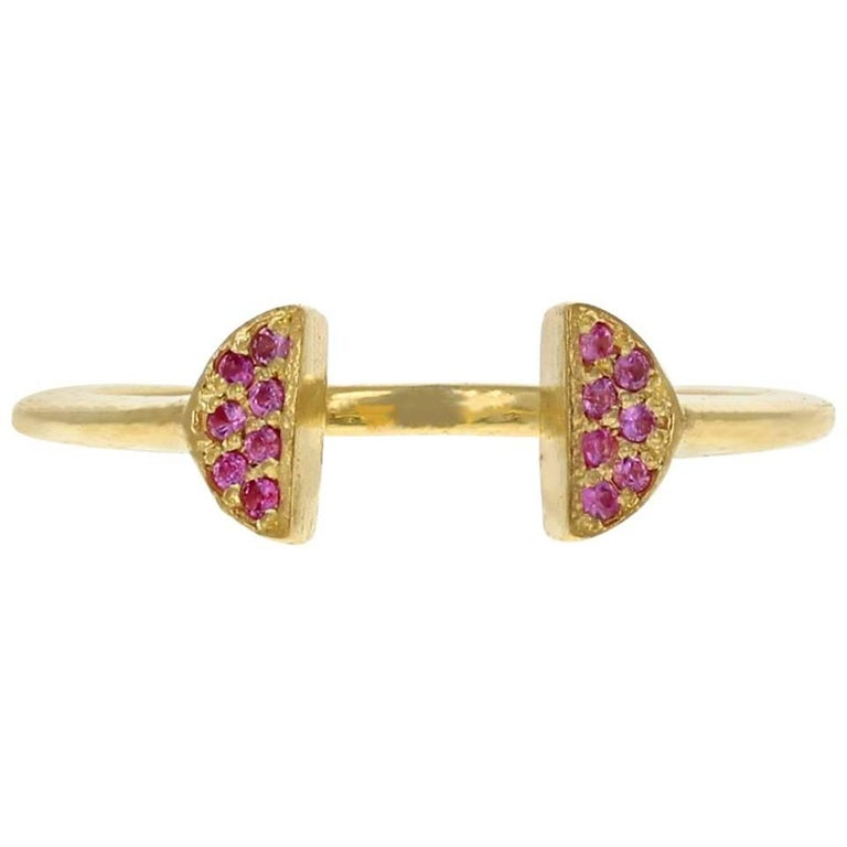 Halo Crown 18 Karat Yellow Gold Pink Sapphire Ring