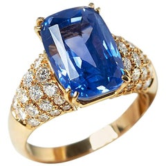 Van Cleef & Arpels 18 Karat Yellow Gold Certified Ceylon Sapphire Diamond Ring