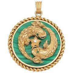 Rare Van Cleef Pisces Zodiac 18 Karat Gold Diamonds Malachite Pendant Necklace
