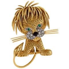 Van Cleef & Arpels Paris 1960s Diamond Emerald Enamel and Gold Lion Brooch