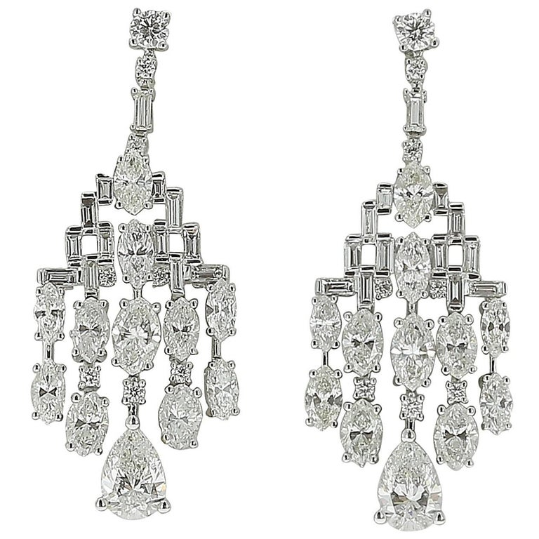 Amazing Chandelier Diamond Drop Earrings