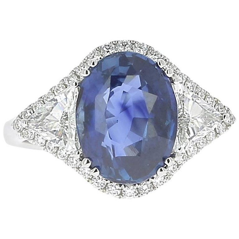 GRS 5.07 Carat Natural Oval Blue No Heated Sapphire and Diamond Engagement Ring