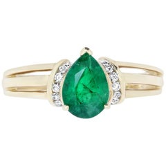 Pear Shaped Emerald and Diamond Triple Band Ring