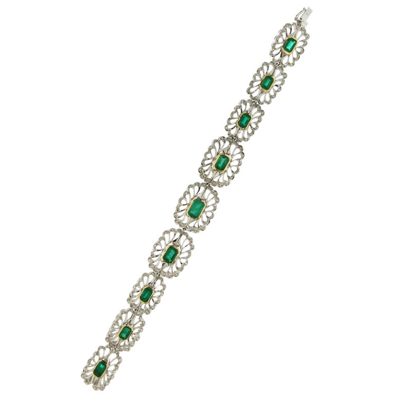 Colombian Emeralds Gold Diamonds Cuff Bracelet