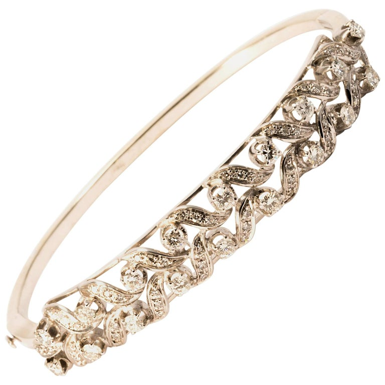 Retro 1970 Diamond Floral Garland White Gold Bangle Bracelet