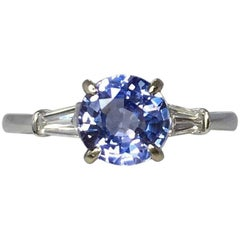 Colour Change 1.51 Carat Violet Blue Sapphire & Diamond 18 Karat White Gold Ring