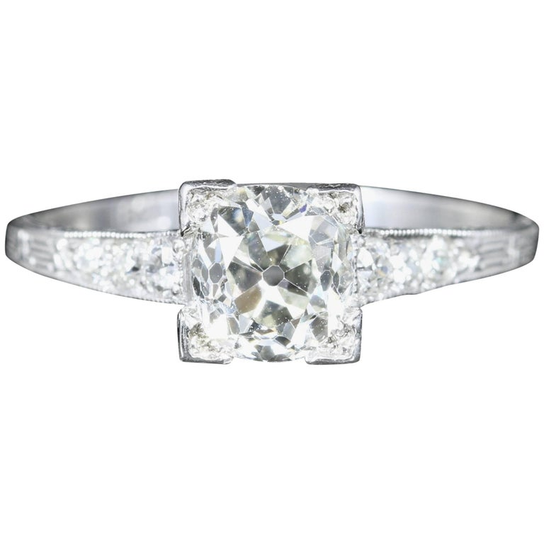 Antique Art Deco Diamond Engagement Ring Solitaire, circa 1920