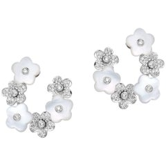 Fei liu Mother Of Pearl And Diamond-Set  Flower White Gold Earrings