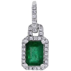 0.95 Carat Emerald Pendant