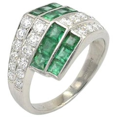 1950s Emerald Diamond Platinum Ring