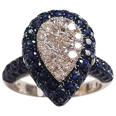 Ladies 18 Karat White Gold Sapphire and Diamonds Ring
