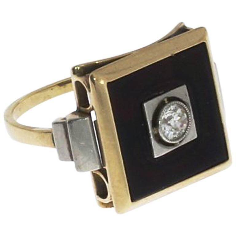 1930s Onyx Diamond Gold Ring