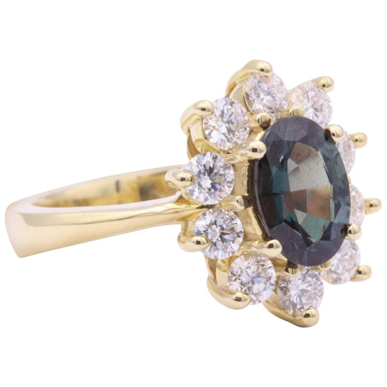 Alexandride Lady Diana Ring with GUB Certificate 1.73 Carat For Sale