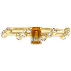 Mila 18 Karat Yellow Gold Malawi Bi-Color Sapphire Ring