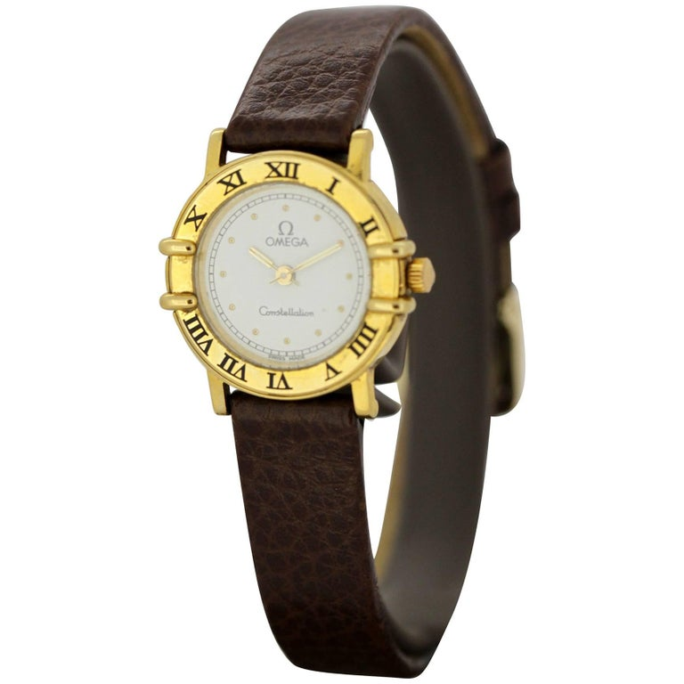 Vintage Ladies Omega Constellation Wristwatch in 18 Karat Gold, circa 1990s