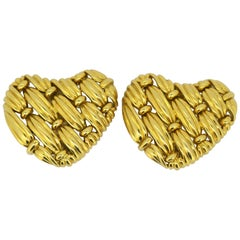 Tiffany & Co. 18 Karat Gold Ladies Heart Earrings, USA, 1992