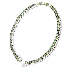 "18 Carat White Gold ""Green"" Diamond Line Bracelet /Tennis Bracelet"