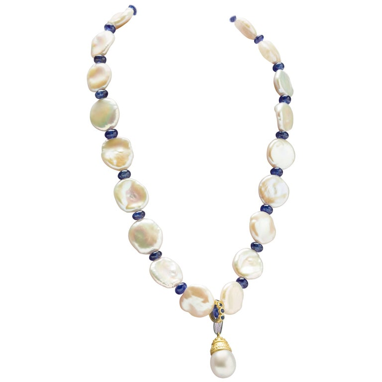 18 Karat Pearl and Sapphire Pendant Necklace