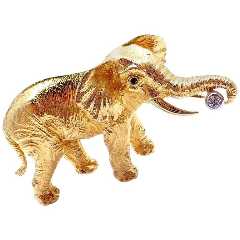 Tiffany & Co. Diamond Sapphire Elephant Yellow Gold Pin Brooch