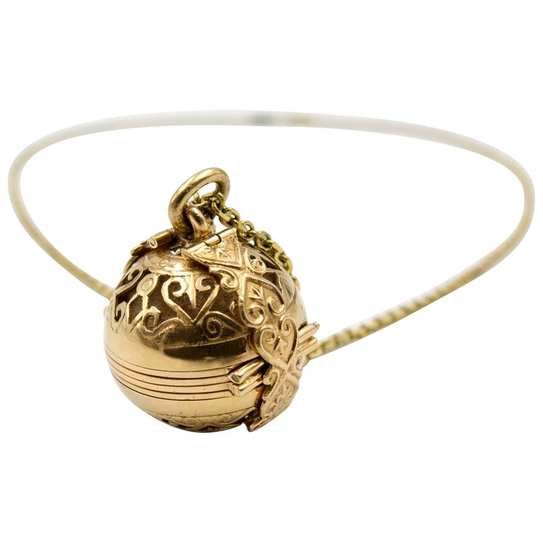 Gold Multiframe Ball Locket and Chain