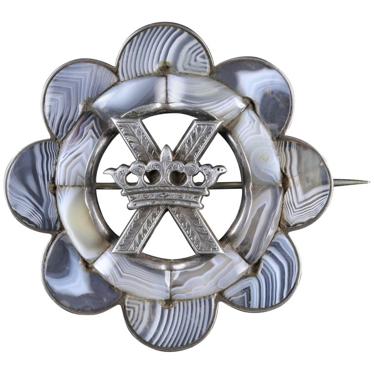 Antique Victorian Scottish Brooch Agate Silver St Andrews Cross, circa 1860