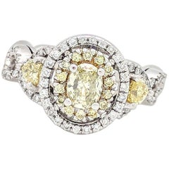 14 Karat Fancy Yellow and White Diamond Engagement Ring 1.50 Carat