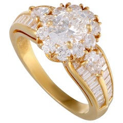 Van Cleef & Arpels Diamond Yellow Gold Flower Ring