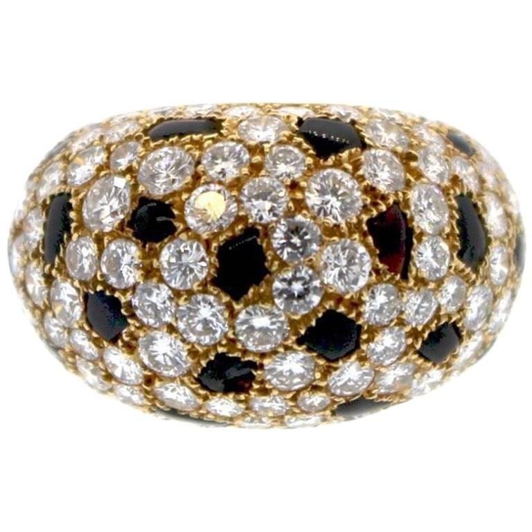 Cartier 18 Karat Gold Onyx Diamond Panther Bombe Ring