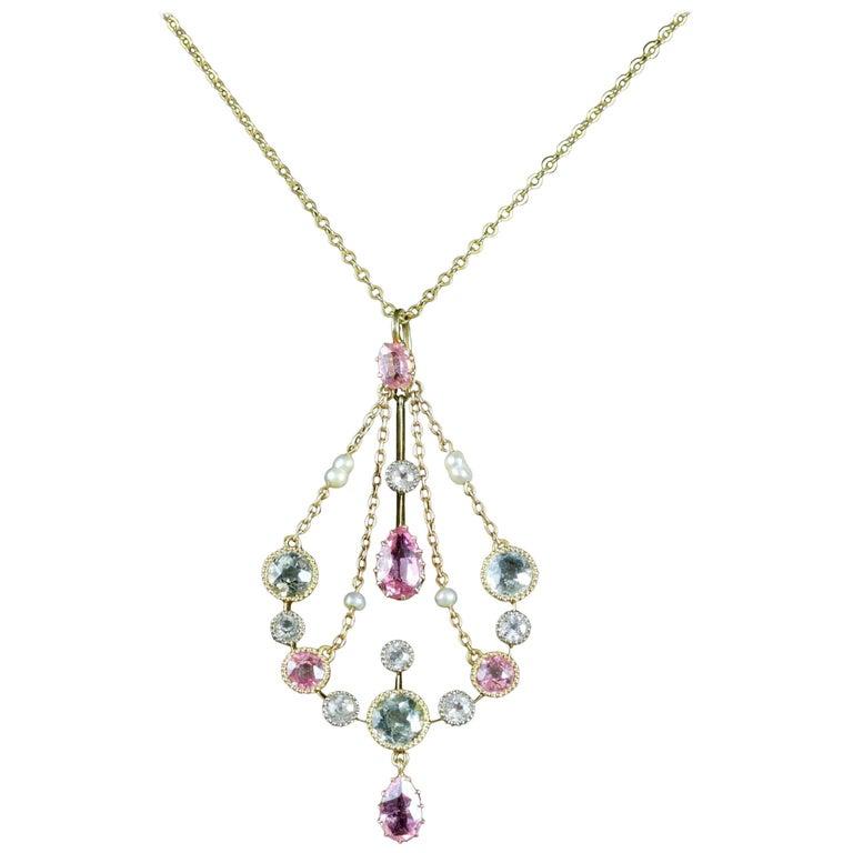 Victorian Aquamarine Pink Sapphire 18 Carat Necklace, circa 1900