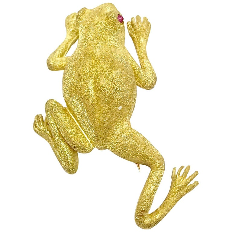 Ruby and Textured Yellow Gold Frog Brooch