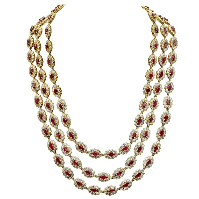Three-Row / Long Chaine Necklace Rubies and Diamonds