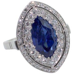 Important Sapphire and Diamond Ring in Platinum, circa 1960s