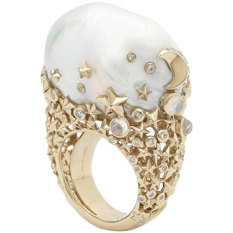 18 Karat Yellow Gold White Diamonds Baroque Pearl Moonstone Cocktail Ring