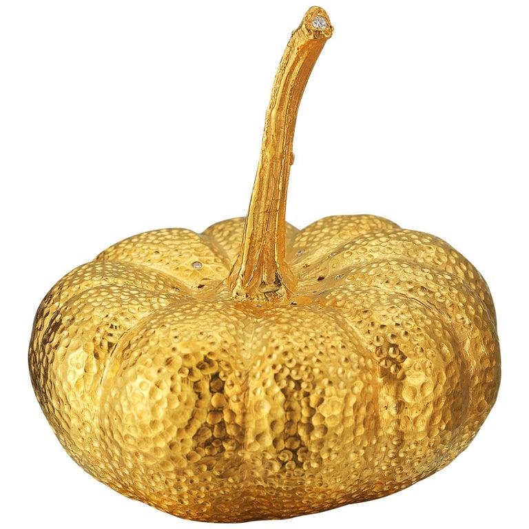 18 Karat Gold Vermeil Pumpkin Salt Shaker with Diamonds, 0.12 Carat For Sale