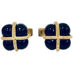 Exquisite Emis Beros 18 Karat and Onyx Hinged Toggle Unisex Cufflinks, 1998