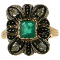 Emerald Gold 14 Carat Diamonds Antique Ring