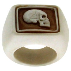 White Agate and Cameo Skull Ring